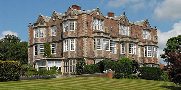 Goldsborough Hall - Image: https://commons.wikimedia.org