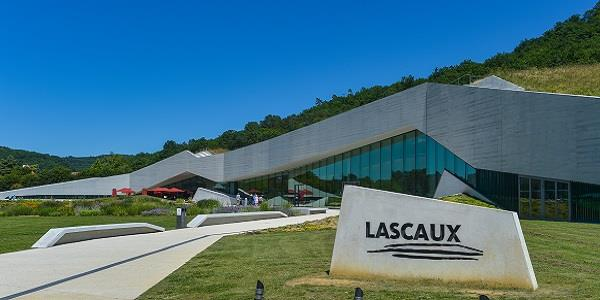 Lascaux cave art: more than meets the eye?