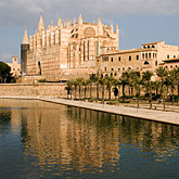 Visit the magnificent French-Gothic Cathedral and the Almudaina Arabic Palace in Palma